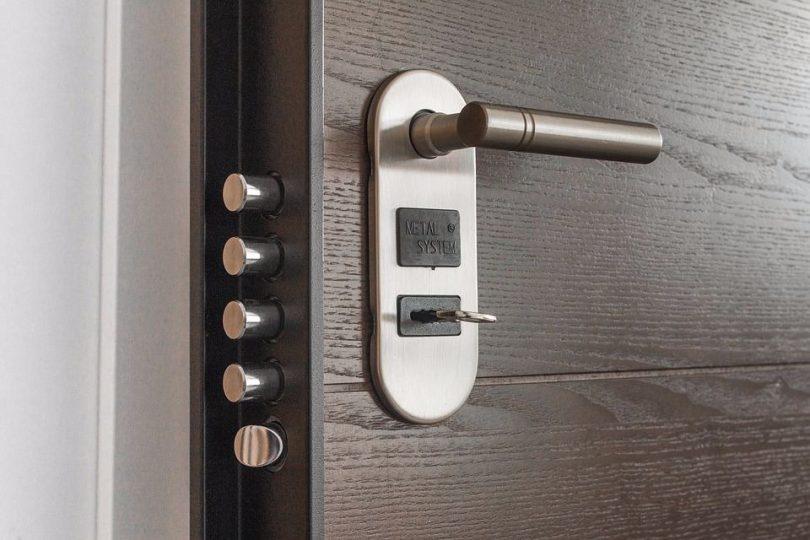 sigurnosna vrata
